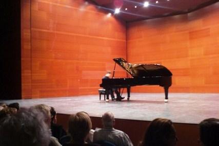 """Donostiako """"Cultura Musical"""" Elkarterako eskainitako piano errezitaldia Kursaal auditorioan, 2007"""